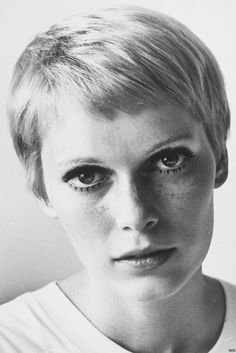 At number 5 is actress/singer/humanitarian Mia Farrow, known for her pixie crop which burst onto the scene in Roman Polanski's 1968 film Rosemary's Baby, when the father of modern hairdressing himself, Vidal Sassoon, famously cut her hair at a jaw dropping cost of $5000.