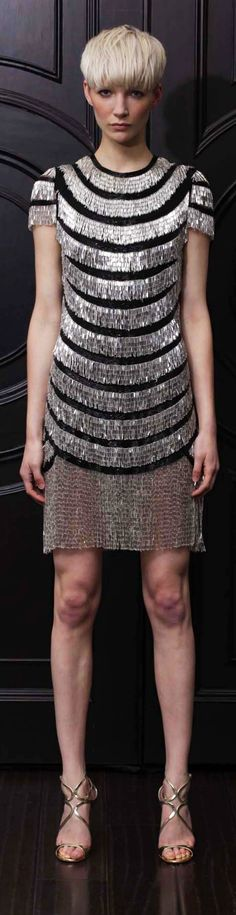Naeem Khan Resort 2013 Ill bet I could recreate this using a t shirt and rows of safety pins Couture Fashion, Runway Fashion, Womens Fashion, Grey Fashion, High Fashion, Fashion Corner, Red Carpet Gowns, Naeem Khan, Dressed To The Nines