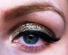 This with blue glitter for brown eyes.