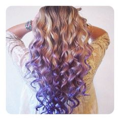 dip-dyed lavender + blonde hair... pretty
