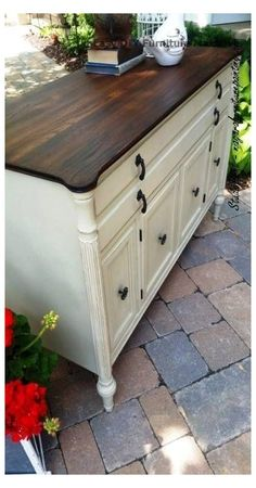 Black Painted Furniture, Painting Wooden Furniture, Refurbished Furniture, Repurposed Furniture, White Furniture, Vintage Furniture, Sideboard Furniture, Cheap Furniture Makeover, Diy Furniture Renovation