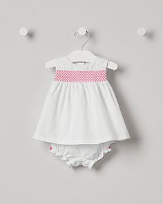 Janie and Jack offers classic children's clothing rich in fabric, design and detail for layette up to Shop now for newborns, baby, toddlers and children up to size Newborn Outfits, Kids Outfits, Cute Outfits, Baby Girl Accessories, Janie And Jack, Infant, Rompers, Baby Girls, Clothes