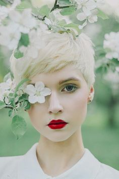 The Keys To Achieving Success With Your Photography Spring Photography, Girl Photography, Backdrops For Sale, Kreative Portraits, Blooming Trees, Best Photo Poses, Spring Pictures, Photography Backdrops, Female Portrait