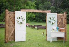 Ways to make your outdoor wedding intimate | Dani Stephenson Photography | blog.TheKnot.com