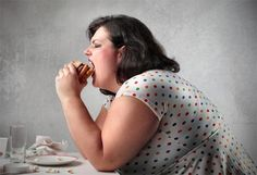 Ever wonder how much weight is too much? When does obesity become dangerous? Find out why the fat acceptance movement is all wrong! Trying To Lose Weight, Ways To Lose Weight, Losing Weight, Weight Gain, Cellulite, Bbc Health, Health Care, Fat Acceptance, Diabetes Information