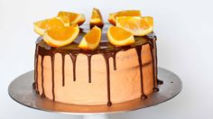 Taste of Orange and Chocolate in One Cake If you have never tried the combination of orange and chocolate, this is the perfect dessert to give you a taste of this wonderful pairing. This is a cake … Chocolate Orange Cheesecake, Chocolate Ganache, Elegante Desserts, Tatyana's Everyday Food, Cake Cover, Drip Cakes, Sweet Cakes, Cupcake Cakes, Cupcakes