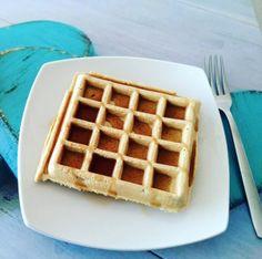Waffles saludables Ingredientes 1/2 taza Harina de avena 1 Huevo 1 taza Leche líquida descremada 1/2 cucharadita Polvo de hornear 1 cucharadita Endulzante granulado