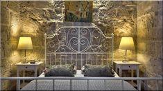 máltai lakás, hálószoba Mediterrán hálószoba, rusztikus enteriőr Hálószoba rusztikus lakásban Mediterrán nappali, rusztikus enteriőr Mediterrán hálószoba (Luxuslakások)