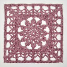 ruta5_fg2 Crochet Square Blanket, Granny Square Crochet Pattern, Crochet Blocks, Crochet Squares, Crochet Granny, Granny Squares, Diy Crochet Doilies, Cute Crochet, Crochet Lace