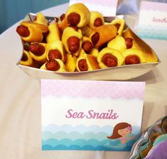 Mermaid food tents or food labels make the perfect addition to your under the sea birthday party. These food labels have purple quatrefoil on the back and aqua ocean waves with a mermaid on the front. Mermaid Party Food, Mermaid Theme Birthday, Little Mermaid Birthday, Little Mermaid Parties, Little Mermaid Food, Ariel Party Food, Pool Party Foods, Luau Party Snacks, Mermaid Themed Party