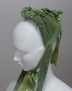 """Half bonnet of green velvet, ca 1870 US, the Museum of Fine Arts, Boston"""" data-componentType=""""MODAL_PIN Victorian Hats, Victorian Fashion, Vintage Fashion, Green Satin, Green Velvet, Green Gown, Vintage Dresses, Vintage Outfits, Vintage Hats"""