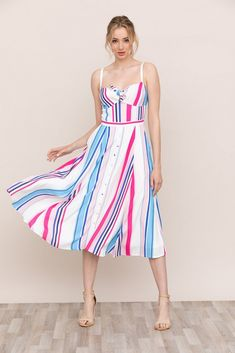 A flirty fit-and-flare silhouette makes Yumi Kim Pretty Woman Striped Midi Dress the perfect go-to daytime look. Daytime Dresses, Summer Dresses, Maxi Dresses, Summer Fashions, Online Dress Shopping Sites, Dresses Online, Happy Hour, Dress Up, Bodycon Dress