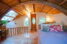 Fairytale Cob Cottage Mayne Island, BC