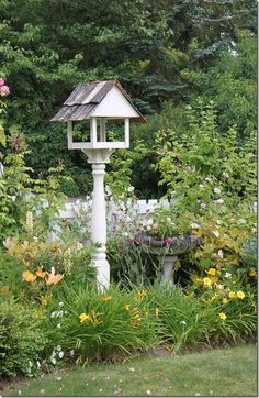 Our Favorite Birdhouses & Bird Feeders - - At The Well Appointed House, one of our favorite things about spring and summer is the happy sound of birds chirping outside, so we wanted to share a little birdhouse inspiration! Birdhouses and bi…. Dream Garden, Garden Art, Garden Design, Garden Ideas, Garden Posts, Roses Garden, Bird House Feeder, Bird House Kits, Bird House Plans