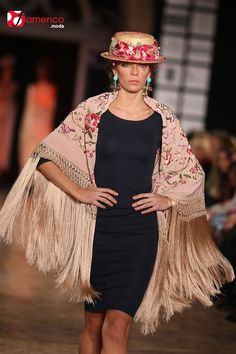 Spanish style – Mediterranean Home Decor Fashion Now, Boho Fashion, Girl Fashion, Fashion Outfits, Abaya Fashion, Couture Fashion, Runway Fashion, Spanish Fashion, Spanish Style