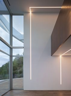 Image 13 of 21 from gallery of House in Altea Hills / RGB arquitectos. Photograph by Mayte Piera Home Lighting Design, Ceiling Light Design, Interior Lighting, Corridor Lighting, Linear Lighting, Continuous Lighting, Lighting System, House Outside Design, American Interior