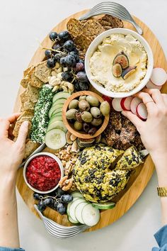 """Full tutorial on how to build a vegan charcuterie board, just in time for the holidays! This beautiful and delicious board is made with homemade vegan cheeses, chia jam and all the fixings to win over a crowd. Learn """"how to"""" by clicking through and visiti Vegan Appetizers, Appetizers For Party, Appetizer Recipes, Dinner Recipes, Gourmet Recipes, Whole Food Recipes, Vegetarian Recipes, Healthy Recipes, Vegan Blogs"""