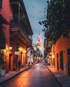 The streets of Cartagena, Colombia 😍 . MOSAICARCHSTAFF architecture building architexture city buildings skysceaper urban design cities archi town street art architecturelovers abstract lines render vray vrayworld vrayrender renderbox archg rendering Cool Places To Visit, Places To Travel, Travel Destinations, Places To Go, Cartegena Colombia, Adventure Travel, Adventure Time, Sailing Trips, Colombia Travel