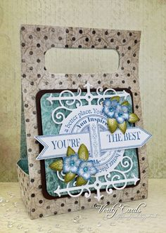 Verity Cards: Heartfelt Creations Classes with me Liz Walker !