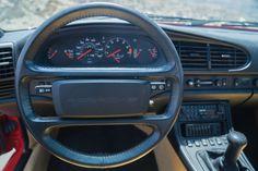 Porsche-944-Turbo-6