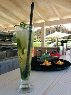 La Villa del Re, 5 star hotel in Sardinia front-sea with luxury services. Italy Summer, Summer 2015, Pool Side Bar, Luxury Services, Sardinia Italy, Hotel Guest, Beach Umbrella, Beach Pool, Beautiful Beaches