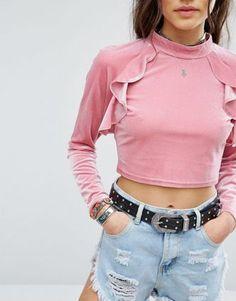 Sale und Outlet für Damen (Oberteile) | ASOS Asos, Pink Velvet, Crop Tops, Women, Fashion, Fashion Women, Moda, Fashion Styles, Fashion Illustrations
