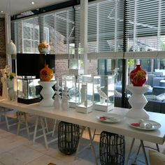#hetarsenaal #jandesbouvrie #studio #showroom #shoppen #winkelen #interieur #wonen #design #luxury www.leemconcepts.blogspot.nl Decor, Interior, Interior Inspiration, Home Decor, White Interior, Glass Vase, Inspiration, Retail Shop, Interior Design