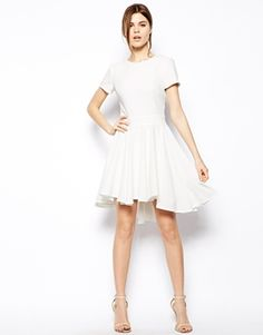 Simple but so pretty! I love how full the skirt is!