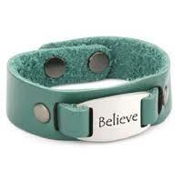 Afbeeldingsresultaat voor wide leather bracelet with beads blue