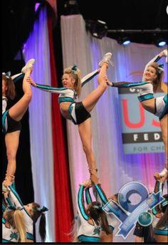 The Cheerleading Worlds Nca Cheer, Cheer Stunts, Cheer Mom, Cheerleading Stunting, Cheerleading Videos, Cheerleading Outfits, Cheer Routines, Cheer Workouts, Short Workouts