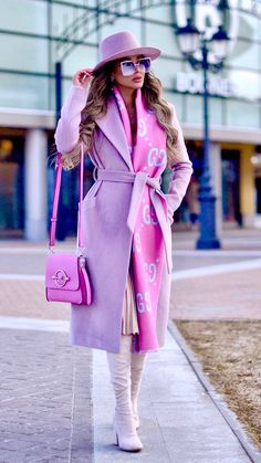 Incredibile The best street style Winter Fashion Outfits, Look Fashion, Fall Outfits, Autumn Fashion, Womens Fashion, Fashion Coat, Luxury Fashion, Looks Chic, Looks Style