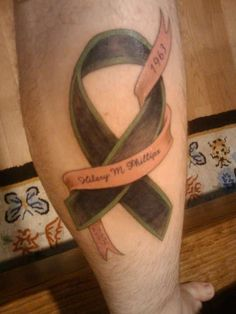 Mom Memorial tattoo My first tattoo, its a memorial piece for my mother who passed away from melenoma. The black represent the melenoma, the green was her favorite color, the pink ribbon represents th Mom Tattoos, I Tattoo, Breast Cancer Tattoos, Memorial Tattoos, First Tattoo, Tattoo Inspiration, Favorite Color, Body Art, Piercings
