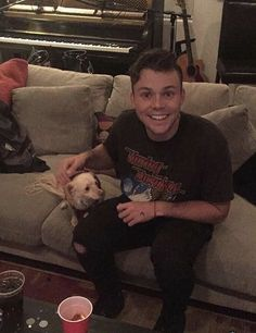 Finally a picture of a dog and it's not with calum