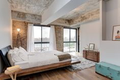 Photos by Carrie Buell for SAHO NYC Staying in sync with its Williamsburg peers, this newly renovated Wythe Avenue loft is notable for its stark, minimalist interiors that are complemented by...