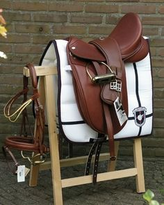 I can never say no to brown tack