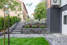 Betonikivet ja antiikkikivet nopealla toimitusajalla   Rudus Paving Stones, Korn, Sidewalk, Walkway, Cobblestone Pavers, Outdoor Pavers, Flagstone, Flooring, Walkways