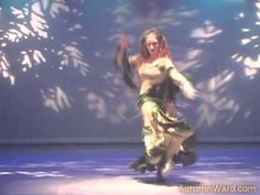 Autumn Ward:  Enchantress (Nontraditional Theatrical Belly Dance). Amazing zilling!