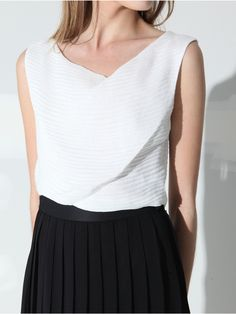 Inflection White Silk Linen Crop Top by Silvae  #fashion #style #glamour #white #silk #linen #top #crop #beautiful #chic #luxe #color #women #runway #silvae