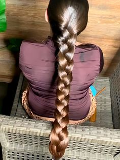VIDEO - A lot of oil for a lot of hair - RealRapunzels Single Braids Hairstyles, Slick Hairstyles, Casual Hairstyles, Long Hair Oil, Gypsy Hair, Beautiful Long Hair, Beautiful Braids, Beautiful Women, Rapunzel Hair