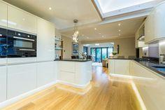 10 Inspiring Modern Kitchen Designs – My Life Spot Kitchen Units, New Kitchen, Kitchen Island, Kitchen Ideas, Kitchen Plinth Lights, Kitchen Lighting, Ivory Kitchen, Modern Kitchen Design, Karndean Flooring