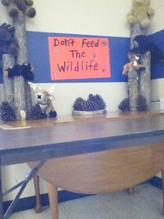 Hunting or outdoor themed gift table decor