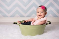 Easter Mini Sessions at Olly Shoes - Nicole Kirk Photography