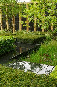 Christopher Bradley Holes Telegraph garden at Chelsea 2013