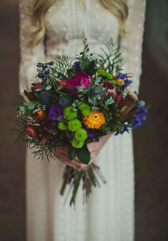 Jewel-toned bouquet for a winter wedding
