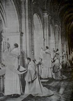 via New Liturgical Movement: Monastic Private Masses