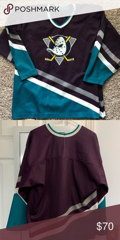 ed0b4184919 Vintage Mighty Ducks Jersey Size L Used Vintage Mighty Ducks Jersey Size  Large In Good Condition. Please Check Out The Pics CCM Shirts Tees - Long  Sleeve