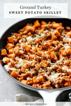 Ground Turkey Sweet Potato Skillet (Delicious One-Pan Dinner Recipe) This Ground Turkey Sweet Potato Skillet will be ready to dig in less than 30 mins and you will be amazed by the flavourful of it. It's a perfect ONE-PAN meal for your family to enjoy! Kebabs, Gourmet Recipes, Cooking Recipes, Healthy Recipes, Fast Recipes, Heathly Dinner Recipes, Crockpot Recipes, Low Fat Dinner Recipes, Sweet Potato Recipes Healthy