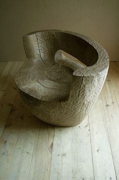 oak chair by Denis Milovanov