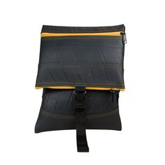 Jen - Compartmentalise your handbag with this innovative fold-over design. It carries an adjustable strap so that the bag can be worn cross-body or just slung over the shoulder. Available at www.sapu.eu