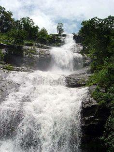 Cheeyappara Waterfalls, Kerala, India Breath taking Kerala India, South India, Places To Travel, Places To Visit, India Travel, Kerala Travel, Kerala Backwaters, States Of India, Kerala Tourism